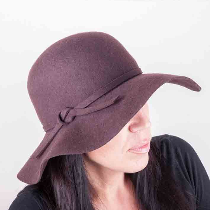 Hnědý dámský klobouk Mes 87017