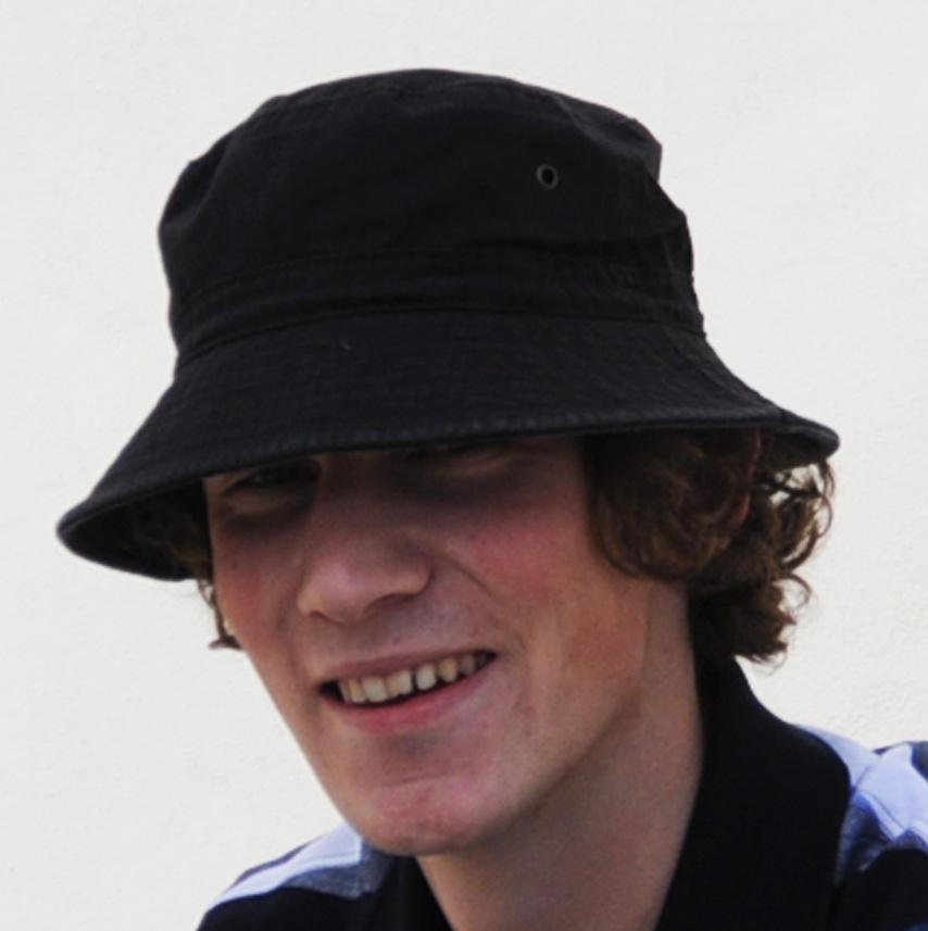 Černý plátěný klobouk outdoor Assante 81029
