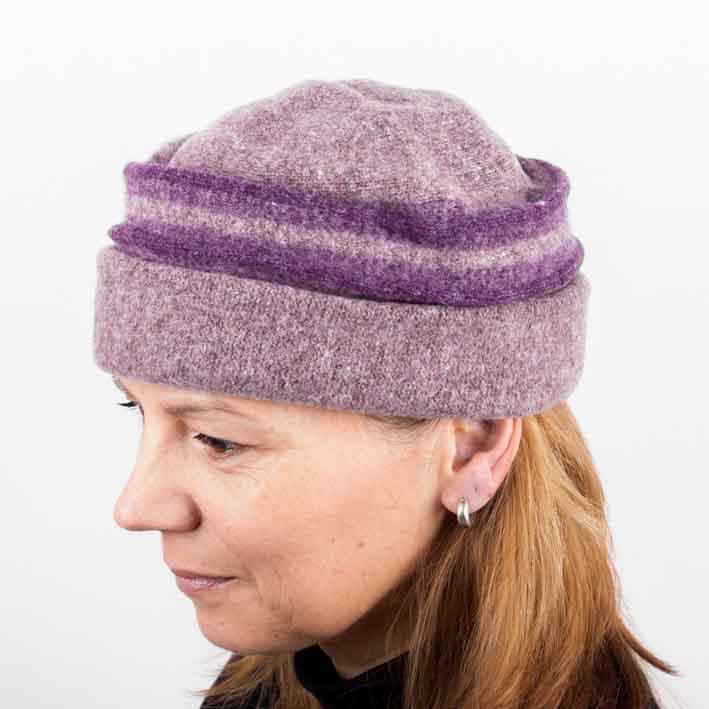 Šeříková dámská elegantní čepice Tonak 87313