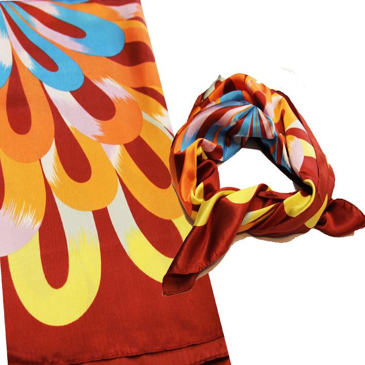 Červený dámský šátek Assante 89380