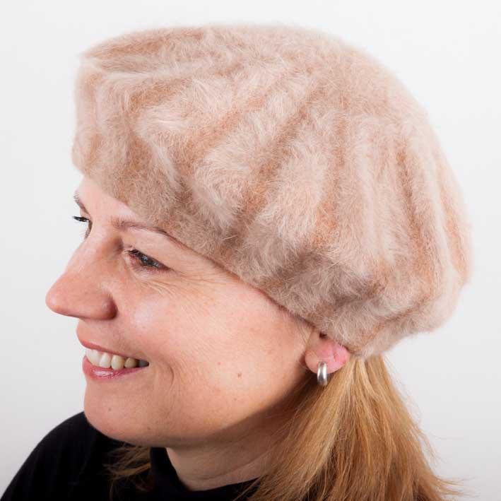 Hnědý dámský elegantní baret Tonak 87220