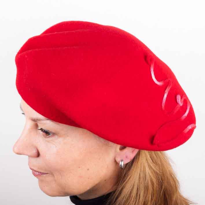 Červený dámský elegantní baret Tonak 87224