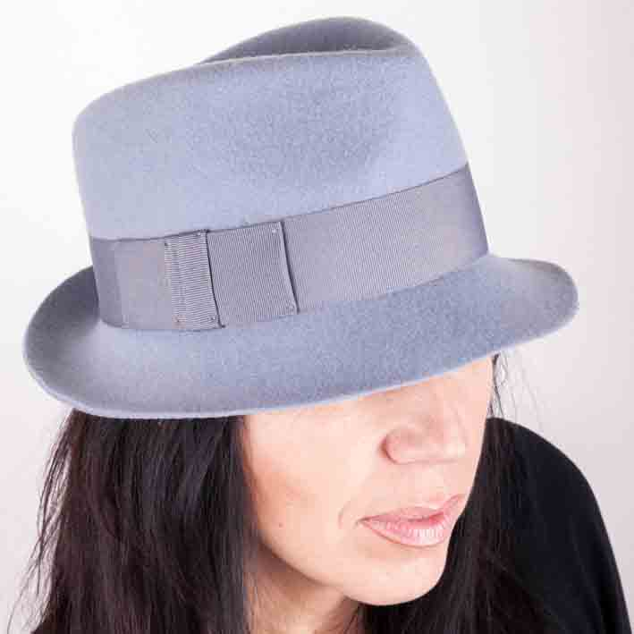 Šedý dámský klobouk Assante 86967