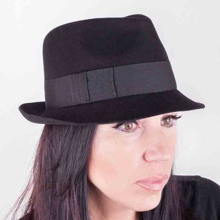 Černý dámský klobouk Assante 86970
