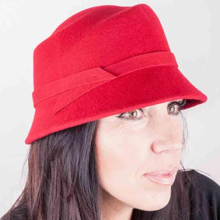 Červený dámský klobouk Assante 86984