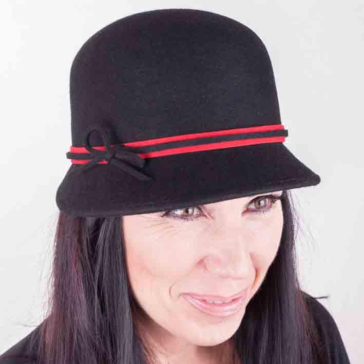 Černý dámský klobouk Assante 86989