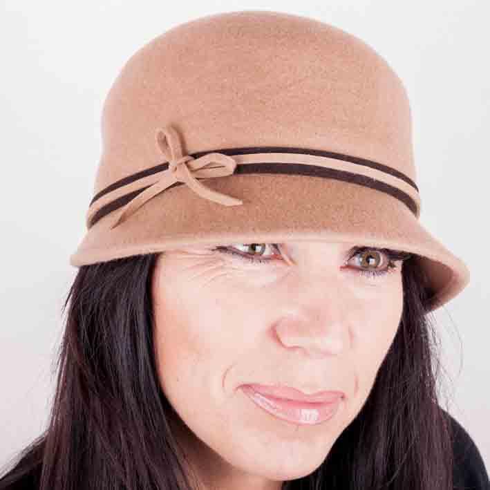 Béžový dámský klobouk Assante 86995